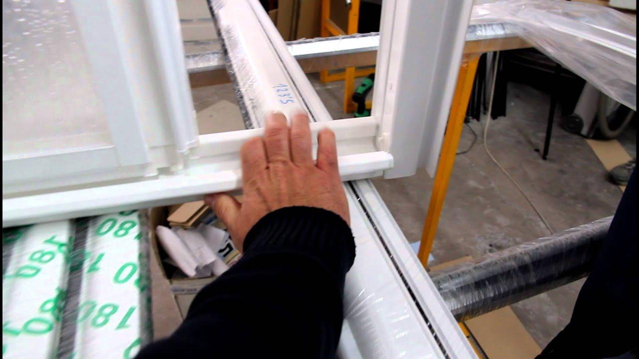 Como quitar la guia desmontable de la mampara de 3 puertas - Como poner puertas correderas ...