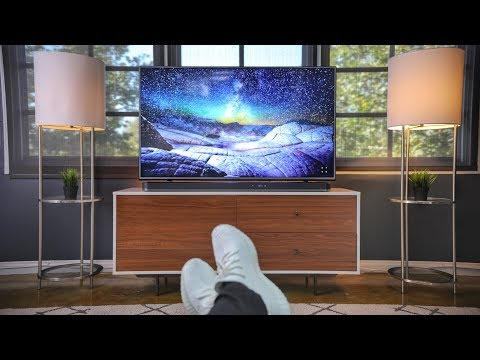 Download Youtube: My Ultimate 4K TV Setup + Room Tour!