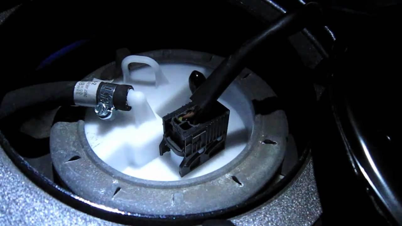 Bmw E46 330i Fuel Pump Sound Youtube