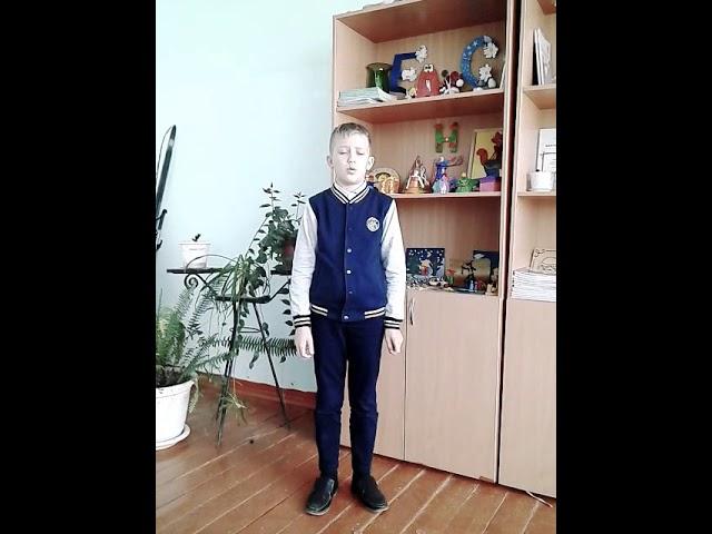Изображение предпросмотра прочтения – ЕгорДюдин читает произведение «В сквере» М.И.Цветаевой