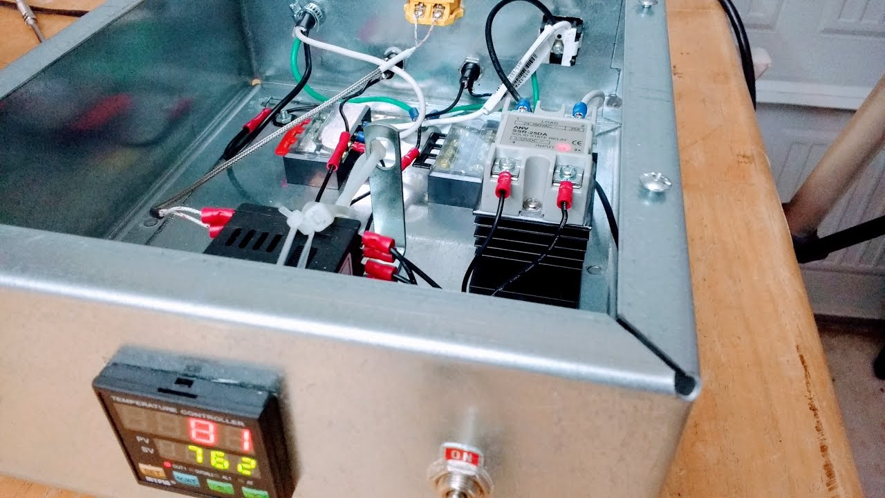 Building the PID Temperature Controller from Johnny's Reloading Bench