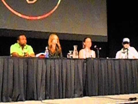 Part 1 Lost Girl Panel - Fantasy Con 7-5-2014