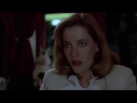 Mulder Scully flirting dinner scene (2x10)
