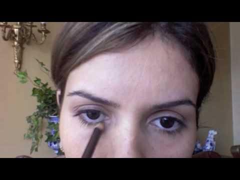 Como maquillarse los ojos para el dia youtube for Pintarse los ojos facil