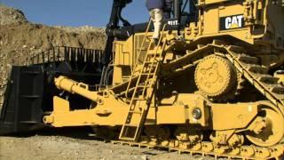 Cat® D11T Large Dozer | Access Ladder Demonstration