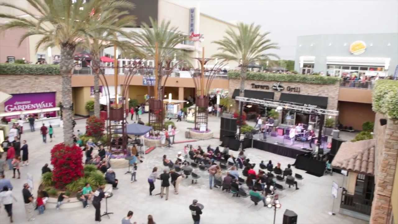 Disneyexaminer At The 2013 Taste Of Anaheim At The Anaheim Gardenwalk Youtube