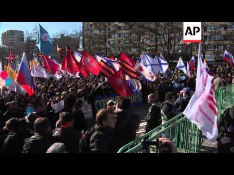 Anti-war demonstration in Moscow; Khordokovsky speaks in Kiev