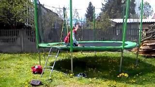 Głupoty na trampolinie