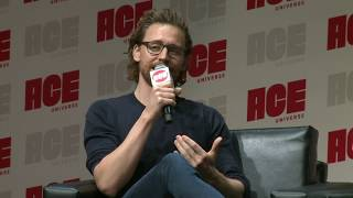 Tom Hiddleston and Elizabeth Olsen Panel