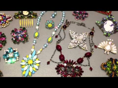 Vintage flavored rhinestone jewelry from Moonbubbles