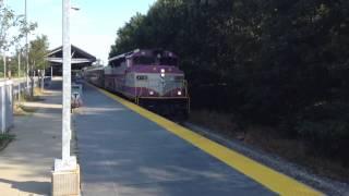 MBTA CapeFlyer Express speeds through Campello station!