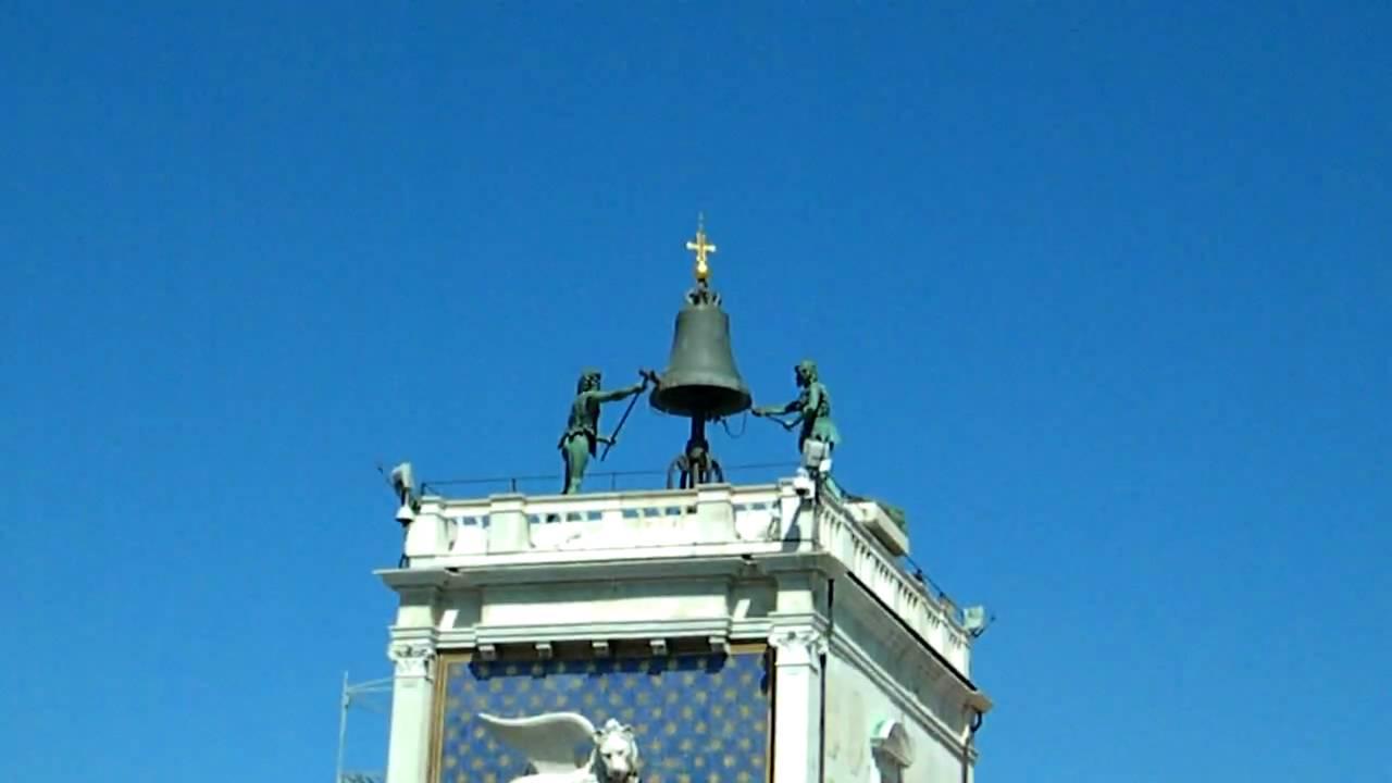 Las campanas del Reloj de la Plaza de San Marcos, Venecia - YouTube