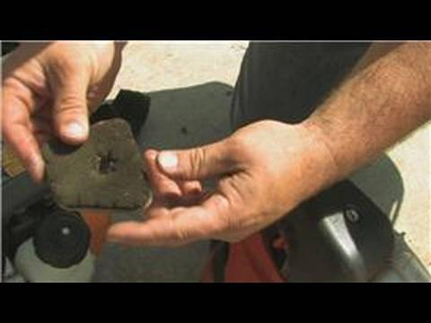 Lawn Care & Landscaping : How to Clean an Air Filter in a Weed Eater