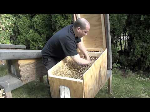 Preparing Feral Cat Houses For Winter