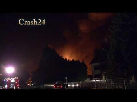 Gasexplosion in Harthausen (Rhein-Pfalz-Kreis)  am 28.09.13 village evacuated after gas explosion