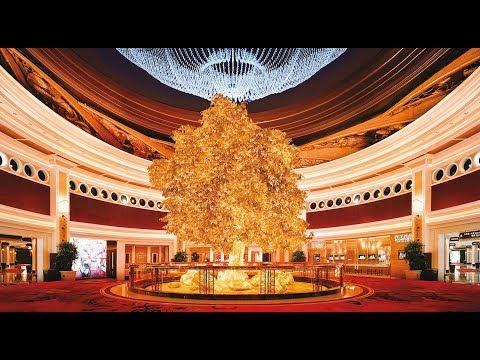 tree-of-prosperity-show-at-wynn-hotel-macau