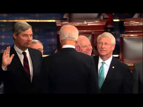 Senator Wicker Being Sworn In - 113th Congress