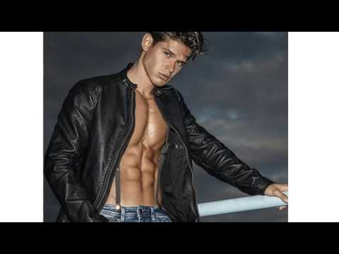 Top 10 Hottest Guys 2017