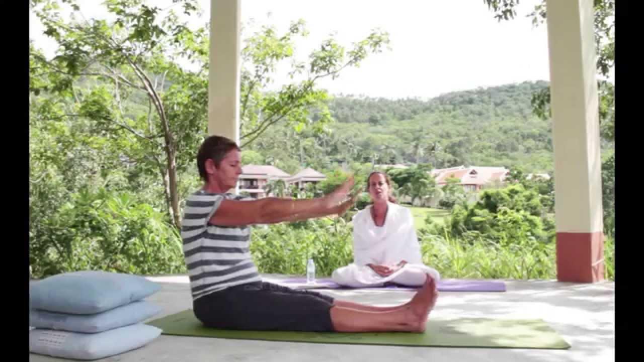 Beginners Satyananda Style Yoga Class - YouTube