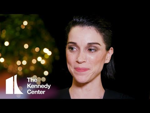 St. Vincent on Philip Glass' Music | 2018 Kennedy Center Honors Backstage