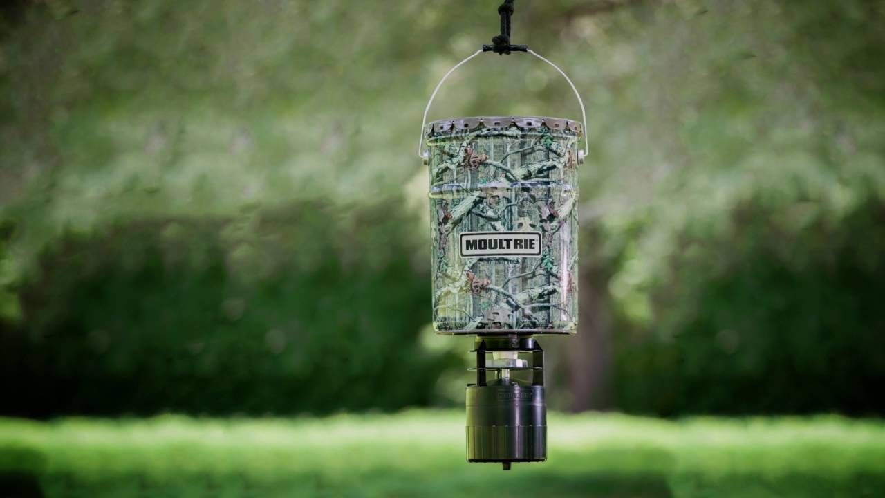 feeder with hunter index wildlife american feeders timer product varmint guard and ts
