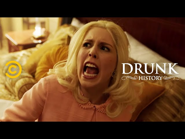 "Martha ""The Mouth"" Mitchell Makes an Enemy of Nixon (feat. Vanessa Bayer) - Drunk History"