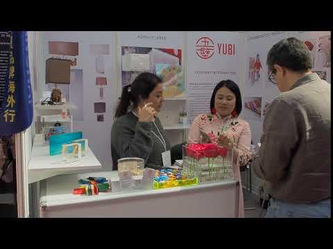 Перевод с китайского языка на выставках
