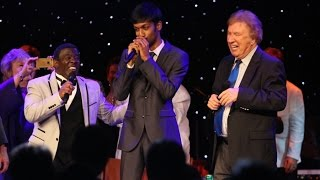 Singing with the Gaithers! Happy Rhythm - Colet Selwyn (Live)