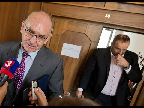 Opozicia: Nový šéf NKÚ toho veľa neskontroluje