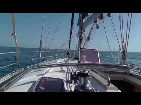 Первый выход в море на парусной яхте...