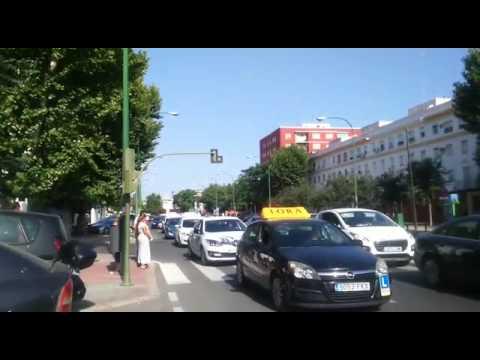 Las autoescuelas de ecija protestan ante la jefatura de - Jefatura de trafico de albacete ...