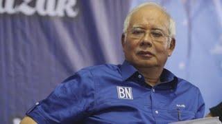 Detenido ex primer ministro malasio por manipular papeles en trama corrupción