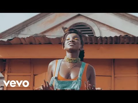Ebony - Hustle ft. Brella