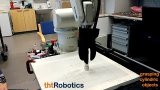 Adaptive Robotic 3 Finger Gripper. Grasping different objects