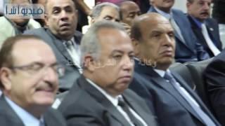 بالفيديو :وزير البيئه يتسلم معدات رفع المخالفات من الهيئه العربيه للتصنيع