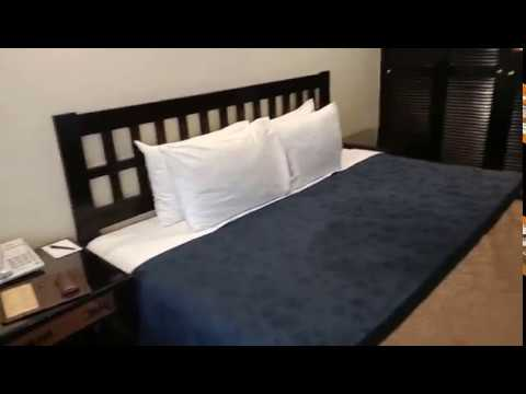 hotel-singgasana-surabaya-room