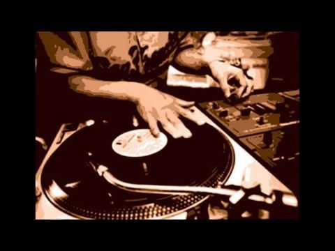 Torii Wolf - Shadows Crawl ft. DJ Premier - Instrumental