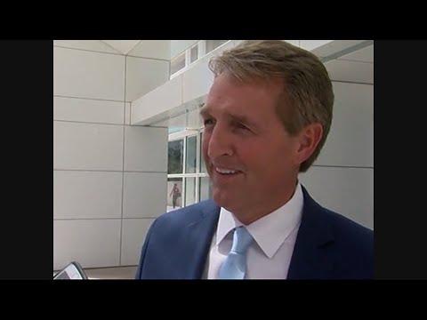 Arizona Senator Flake Downplays Trump Criticism