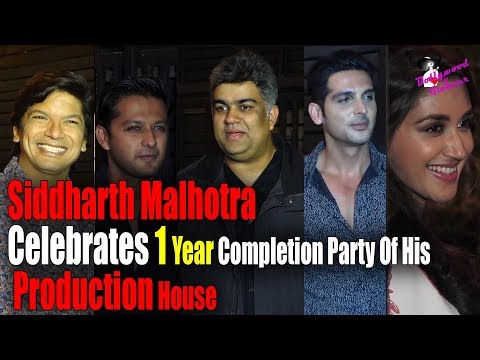 Siddharth Malhotra Celebrate 1 Year Complete Party