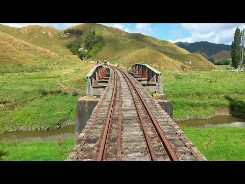Rail carts through the Forgotten World – 4K