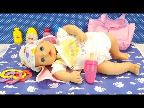 Беби Анабель Испачкала Одежду Как Мама Играла в Куклы Пупсики 108мама тиви