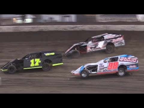Heat Races: Bakersfield Speedway 7/8/17