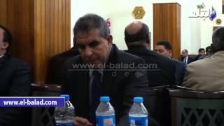 بالفيديو.. وصول طاهر أبو زيد ودلال عبد العزيز ونهال عنبر لعزاء حمدي أحمد