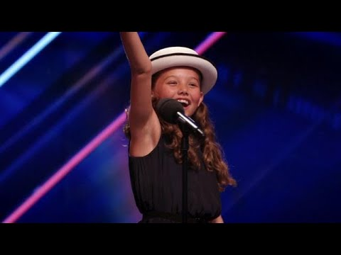 Vier keer 'ja' voor funky Fleur!  - HOLLAND'S GOT TALENT