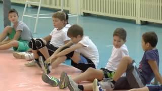 Обучение волейболу  детей. Разминка