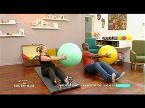 Séance fitness post-natal avec un ballon - La Maison des Maternelles