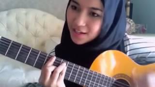 Gambar cover Hebohkan Netizen Wanita cantik asal indonesia ini memiliki suara yang merdu