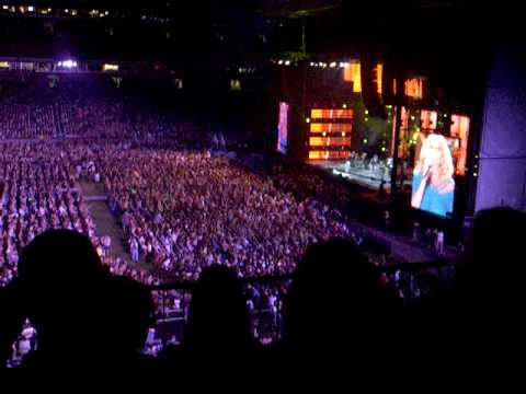 "2009 CMAfest Lee Ann Womack ""Rose Of San Antone"""