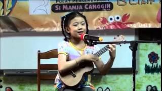 Hau Shen Ny's Doraemon @ Ukulele Music Talent  Competition 2014