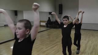 Урок в школе кавказских танцев 💮